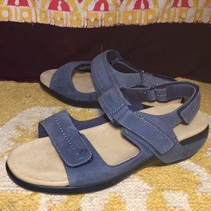 Aravon Katy Navy Nubuck Sandals New Balance size 8